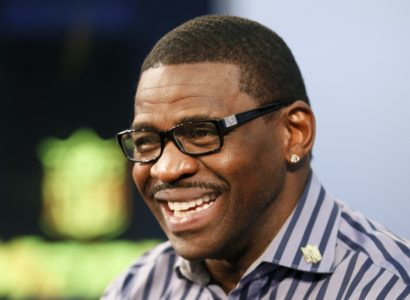 Michael Irvin is interviewed during a media availability at the NFL Network studios, Wednesday, Sept. 9, 2015, in Culver City, California. (AP Photo/Danny Moloshok)